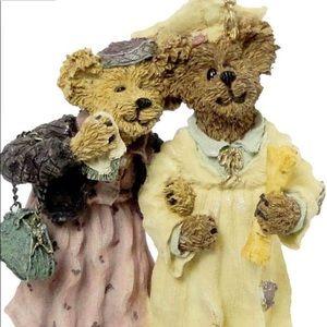 Boyds Bears Resin Momma Berriproud W/ Jamie